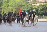 Thủ tướng, Chủ tịch Quốc hội chứng kiến Đoàn Cảnh sát cơ động kỵ binh ra mắt