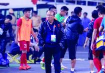 VCK U23 châu Á: Văn Hậu từ chối, chờ Quang Hải toả sáng