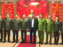 Đồng chí Bí thư Tỉnh ủy đến thăm và chúc tết lực lượng Công an tỉnh