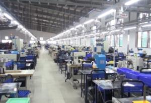 Đồng chí Phó chủ tịch thường trực UBND tỉnh cùng lãnh đạo huyện Nghĩa Hưng có buổi kiểm tra tình hình sản xuất và vấn đề vệ sinh an toàn thực phẩm tại Công ty Golden Victory Việt Nam ở xã Nghĩa Minh huyện Nghĩa Hưng.